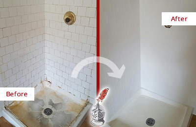 Before and After Picture of a Mesa Shower Tile and Grout Cleaned to Remove Soap Scum
