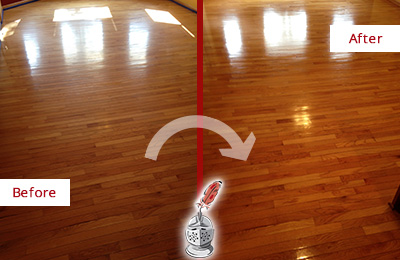 Before and After Picture of a Paradise Valley Wood Sand Free Refinishing Service on a Room Floor to Remove Scratches